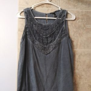 Small tank top lace button up back flowy blue gray
